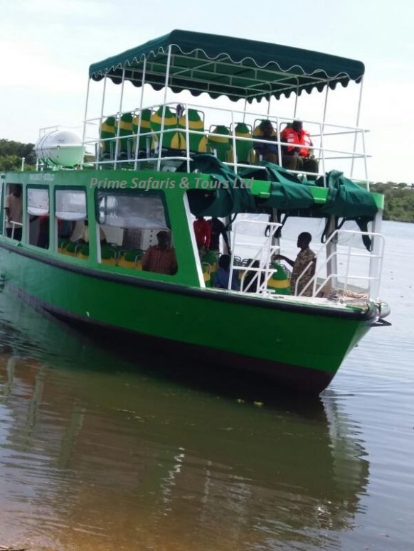 A boat cruise on the Kazinga Channel